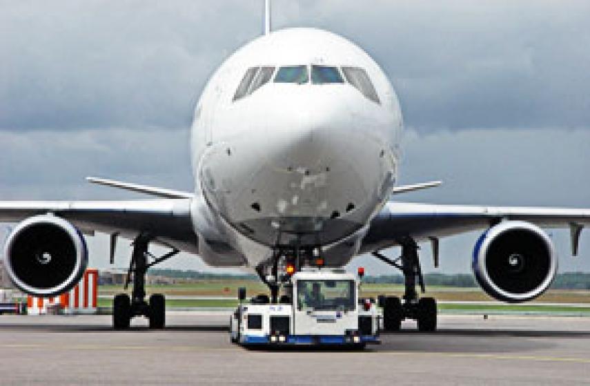 china aviation oil failure essay